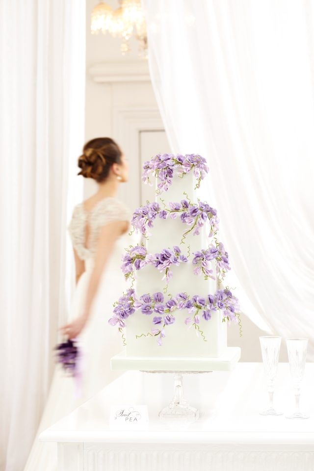 2013_01_30 Peggy Porschen_Floral wedding cake collection_Purple sweet peas12981