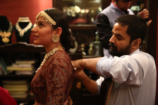 Personal consultation with designer Sabyasachi at Vogue Wedding Show 2014, Taj Palace, New Delhi_Aug 1-3 2014_1