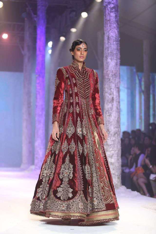 Bmw India Bridal Fashion Week 2015 Jj Valaya Think Shaadi
