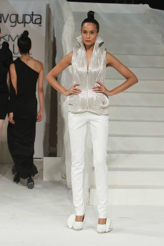 gaurav-gupta-lakme-fashion-week17